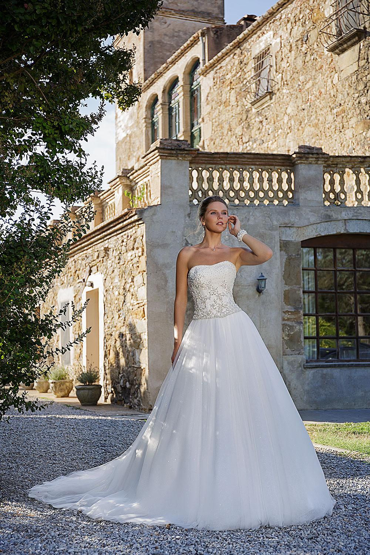 791df72f677 Amera Vera Kollektion ✪ Brautmode-Glamour Ihr Spezialist für ...