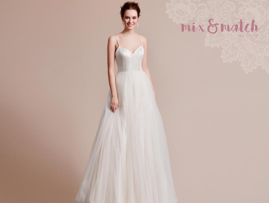 Lilly Brautmoden Kollektion Brautmode Glamour Ihr Spezialist Fur